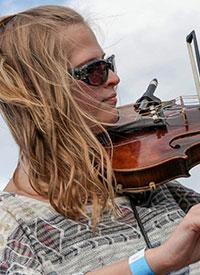 Amanda T. – Guitar, Voice & Piano
